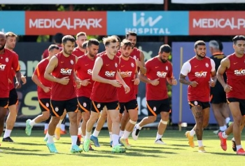 Galatasaray takımı deplasmanda  Olympiakos takımıyla olacak